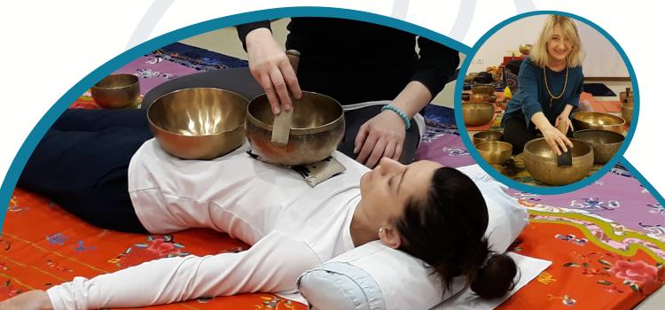 Il trattamento sonoro con campane tibetane ristabilisce la naturale armonia tra corpo e mente, armonizzando gli elementi che nel corpo sono specchio di tutte le energie ed elementi dell' universo.