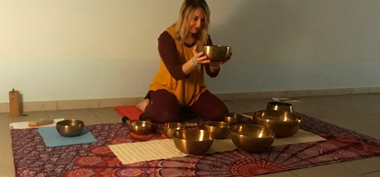 Bagno sonoro con campane tibetane