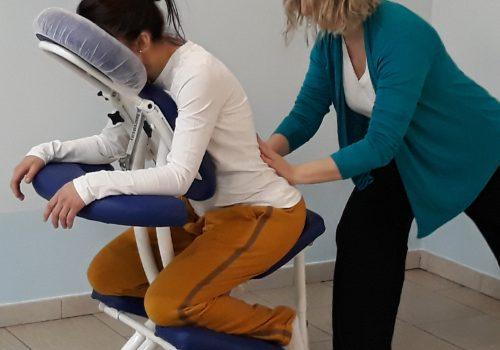 <strong>Massaggio su sedia ergonomica – Promozione estiva</strong><br/> Ogni sabato a Rodano Open air